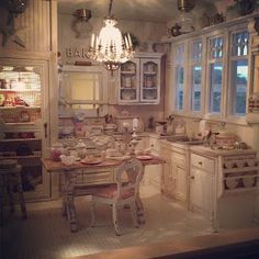 kimsminiatures.blogspot. It's a miniature life. White shabby chic kitchen in miniature dollhouse form