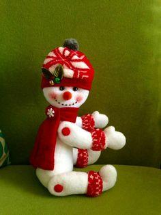 Nieve Snowman Crafts, Christmas Crafts, Xmas, Christmas Ornaments, Diy And Crafts, Holiday Decor, Crochet, Home Decor, Felt Animals