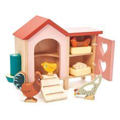 Tender Leaf Toys: drewniane figurki kurki Kurnik - cena - opinie - sklep online Noski Noski Wooden Dollhouse, Wooden Dolls, Baby Doll Play, Cute Chicken Coops, Nester, Cute Chickens, All Toys, Kids Toys, Toddler Toys