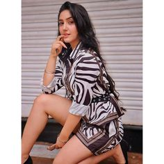 Ashnoor Kaur is an Indian child actress. She made her television debut through Zee TV's Jhansi Ki Rani but became known portraying Naira Singhania in Yeh Rishta Kya Kehlata Hai on Star Plus and Mini Khurana in Sony TV's Patiala Babes. Stylish Girl Images, Stylish Girl Pic, Child Actresses, Indian Actresses, Deepika Padukone Style, Fitness Motivation, Prettiest Actresses, Teen Celebrities, Indian Teen