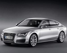 2018 #Audi #A7 is a mid-size luxury car manufactures by Audi.