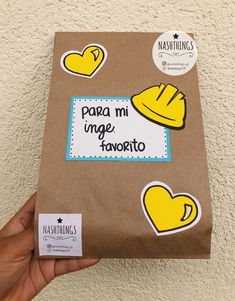 Ideas Aniversario, Manila, Relationship Gifts, Gifts For Your Boyfriend, Love Cards, Love Gifts, Handicraft, Birthdays, Gift Wrapping