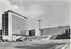 """Rostock,1968, Haus der Schiffahrt u.Interhotel """"Warnow"""""""
