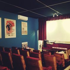 Old school theatre in hermanus! #HavingAGoodTime #travel #hermanus #southafrica #vintage #oldschool #classic