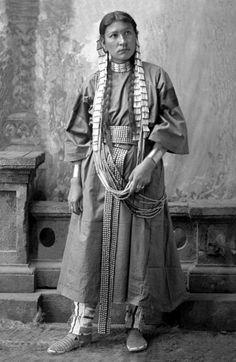Dakota woman. Photographed by D. F. Barry.