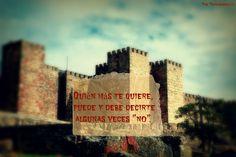 Podemos sentirnos en paz y amarnos  aunque no pensemos igual.  http://blogdepaztorrabadella.blogspot.com.es