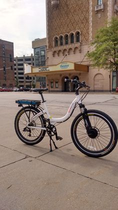 Prodecotech Stride 300 used by Quikbyke e-bike rentals