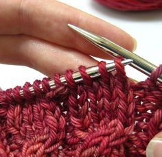Clever little tutorial on cable knitting without a cable needle...Knitting to stay sane blog....Glenna C on Raverly (some free patterns and patterns to purchase)
