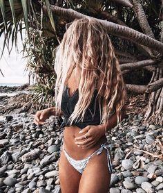 Beach Hair, Beach Bum, Summer Beach, Summer Sun, Blonde Plage, Surfergirl Style, Tumbrl Girls, Summer Pictures, Summer Aesthetic