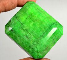 895.00 Ct Certified Natural Brazilian Emerald Gemstone Gem No - 30005