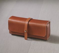brown vegetable cow hide leather Pencil Case/Pen Pouch/ Sunglasses Case