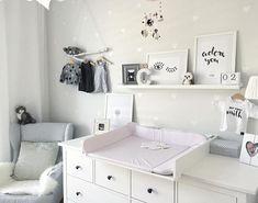 change in The beautiful decent colors, you can always … - Baby Room Ideas Baby Bedroom, Nursery Room, Girl Nursery, Girl Room, Nursery Decor, Room Decor, Ideas Habitaciones, Parents Room, Baby Zimmer