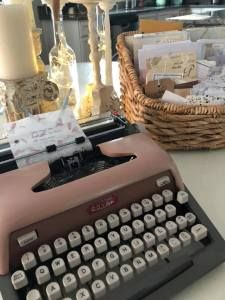 Poetry Quotes, Typewriter, Poems, Inspirational Quotes, Life Coach Quotes, Poetry, Inspiring Quotes, Verses, Quotes Inspirational