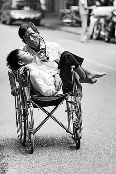 I like this photo because it shows that even those who are weak can help others.