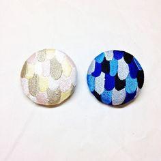 刺繍ボタンブローチ 「うろこパッチボタン」の画像1枚目