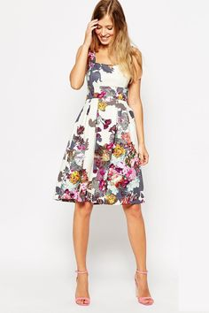 Inspiring 99 Flirty Floral Bridesmaid Dresses Your Squad Will Love https://fazhion.co/2017/03/22/99-flirty-floral-bridesmaid-dresses-squad-will-love/ You might not be feeling fresh and floral right now—it is the dead of winter, after all—but spring and summer brides, these flower-covered dresses, all bridesmaid-worthy, should get you you in a balmier state of mind.