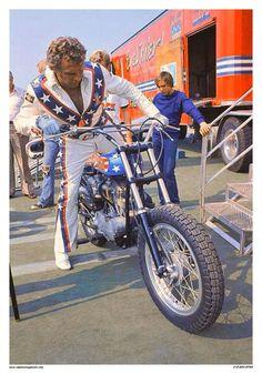 Harley Davidson Sportster 1200, Harley Davidson Chopper, Harley Davidson Street, Harley Davidson Posters, Vintage Harley Davidson, Boogie Wonderland, Motorcycle Outfit, Ford Trucks, Studio