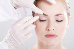 Different Ways to Remove Under-Eye Bags | Wellnessbin