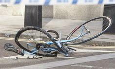 Φορτηγό παρέσυρε και σκότωσε ποδηλάτη > http://arenafm.gr/?p=269939