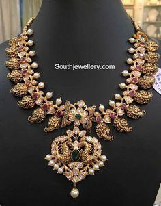 Mango Mala latest jewelry designs - Page 8 of 55 - Indian Jewellery Designs Mango Mala Jewellery, Temple Jewellery, Gold Jewellery Design, Gold Jewelry, Photo Jewelry, Gold Necklaces, Jewelery, Gold Bangles, Diamond Necklaces