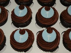 I made these cupcakes for a baby boys Baptism. The flavors were Red Velvet, Vanilla, and Chocolate. Baby Boy Baptism, Baptism Party, Baptism Ideas, Baby Cupcake, Cupcake Cookies, Chocolates, Christening Cupcakes, Party Planning, Red Velvet