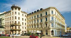 泊ってみたいホテル・HOTEL チェコ>ブルノ>1902年にアールヌーボー様式で拡張されたホテルで、スピルバーク城のすぐ下に位置>スラヴィア(Slavia)