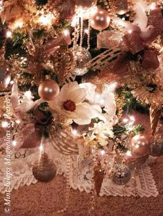 MAGNOLIA CHRISTMAS @Mint Juleps, Magnolias & Pearls Blog