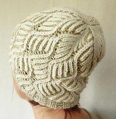 Creamy hat pattern by Andrea Halasi
