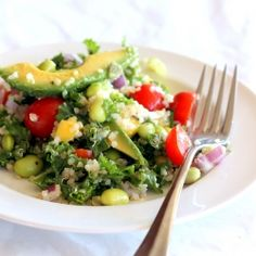 Kale Quinoa and Edamame Salad. Healthy Kale Edamame and Quinoa Salad with a Lemon Vinaigrette. Healthy Recipes, Healthy Salads, Salad Recipes, Vegetarian Recipes, Healthy Eating, Cooking Recipes, Sandwich Recipes, Cooking Tips, Gf Recipes