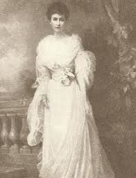 May Goelet, an American heiress who, after flirting with many British aristocrats, finally married the Duke of Roxburghe.
