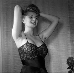 Yes, that is Sophia Loren and yes, that is armpit hair you know where!