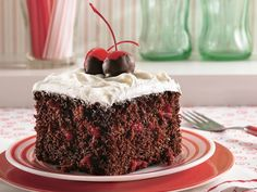 Try a classic southern cake updated with cake mix and cherry cola. Try a classic southern cake updated with cake mix and cherry cola. Köstliche Desserts, Delicious Desserts, Southern Desserts, Southern Recipes, Coke Cake, Cake Recipes, Dessert Recipes, Cheesecake, Betty Crocker