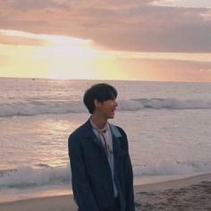 ) Doyoung and Joy (noun.) a fuckin dumbass best friend combination ever exist in this world. Nct 127, Taeyong, Jaehyun, Chanyeol, Nct Doyoung, Dream Chaser, Come Undone, Fandoms, Na Jaemin