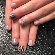 HKRN grey geometric nails