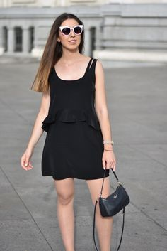 Little black dress - midilema (midilema.com) Lucía Peris is wearing LBD from Zara, Adidas superstar sneakers, Coach bag, Aristocrazy bag, and ASOS sunglasses.