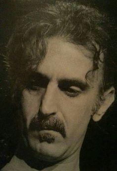 Frank Zappa et c'est déjà ça