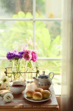 Tea & bread