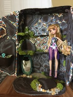 Pearl Cove Handmade Doll Diorama