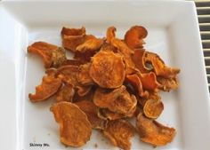 Love these quick and easy sweet potato chips as a snack! #skinnyms #cleaneating #snacks