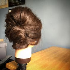 modern fifties 1950s and 1960s sixties inspired hair updo