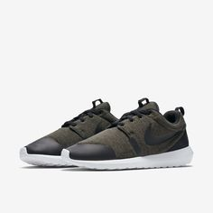 Nike Roshe One Tech Pack Men's Shoe. Nike.com