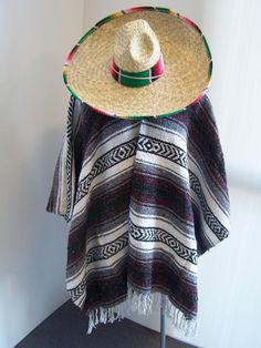 BURGUNDY-MEXICAN-PONCHO-PALM-SOMBRERO-WITH-SARAPE-BLANKET-TRIM-PARTY-COSTUME