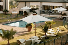 The Capital hotels and apartments in Sandton, Rosebank, Menlyn, Cape Town and Durban offers serviced apartments and hotel accommodation. Experience luxury accommodation in self catering apartments & luxury hotel rooms. Serviced Apartments, Luxury Accommodation, Villa, Patio, Outdoor Decor, Home Decor, Decoration Home, Room Decor, Home Interior Design