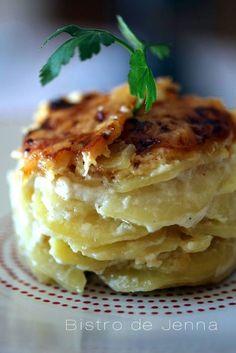 Gratin de pommes de terre, crème d'ail et gorgonzola :-)