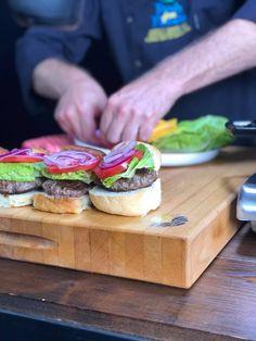 Beef Sliders, Test Kitchen, Salmon Burgers, Appetizers, Ethnic Recipes, Food, Appetizer, Essen, Meals