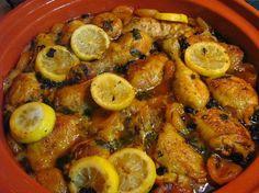 Tajine de poulet aux citrons confits et abricots : la recette facile