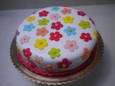 Cake Recipes Chocolate Birthday - New ideas Fondant Cake Designs, Cake Decorating With Fondant, Birthday Cake Decorating, Cake Decorating Techniques, Cake Decorating Tips, Food Cakes, Cupcake Cakes, Chocolates, Housewarming Cake