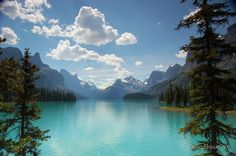 Maligne Lake, Jasper Canada