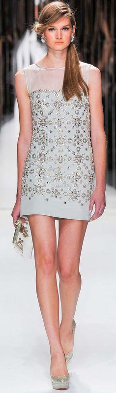 Jenny Packham Spring Summer 2013 Ready To Wear Dresses. Para más de moda y tendencias vidita el blog que además te asesora con tu imagen www.tuguiafashion.com