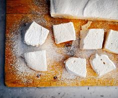 Infused with Cream of Earl Grey tea, these flavourful marshmallows are a grown-up twist on the childhood favourite. They're great in a London Fog!